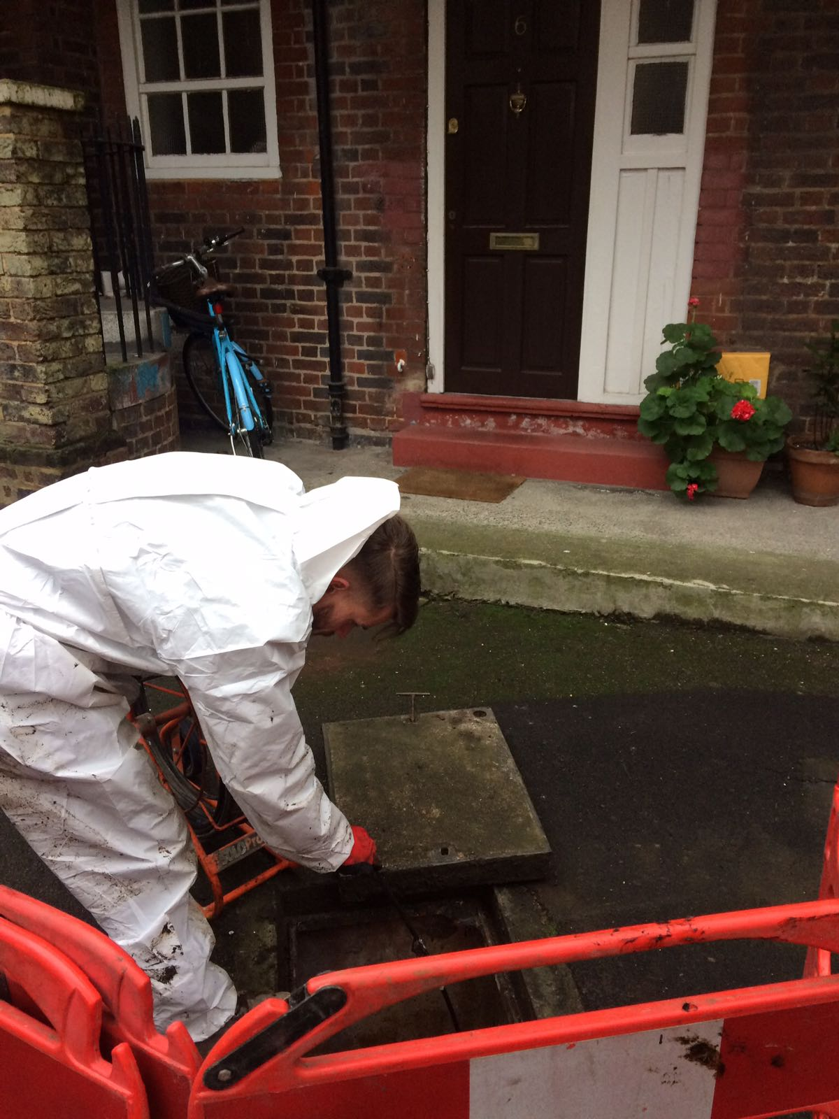 One of our team jetting a clients waste pipe.